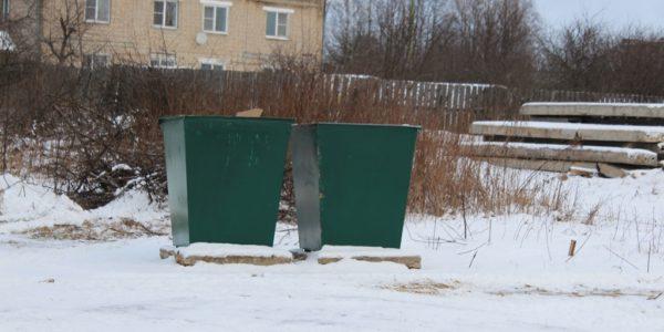 В Красном установили 46 новых мусорных контейнеров (АДРЕСА)